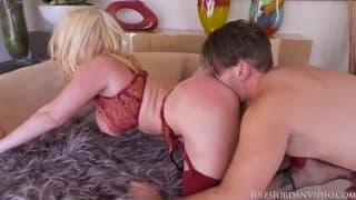 Jesse Jane baise Manuel Ferrara ultra hardcore