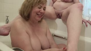 femme qui se leche la chatte vieille pute gros seins