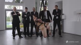 Voici une sexy vidéo de tiffany doll
