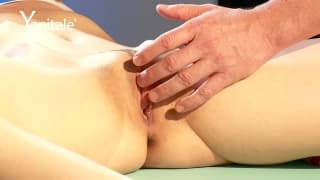 Un massage qui finit en orgasme intense