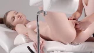 Un massage torride en toute délicatesse