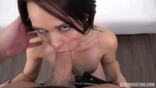 Brunette tchèque baisée pendant son casting
