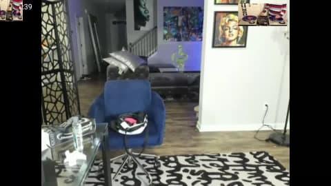 Jamaïcaine qui fait son show devant la webcam